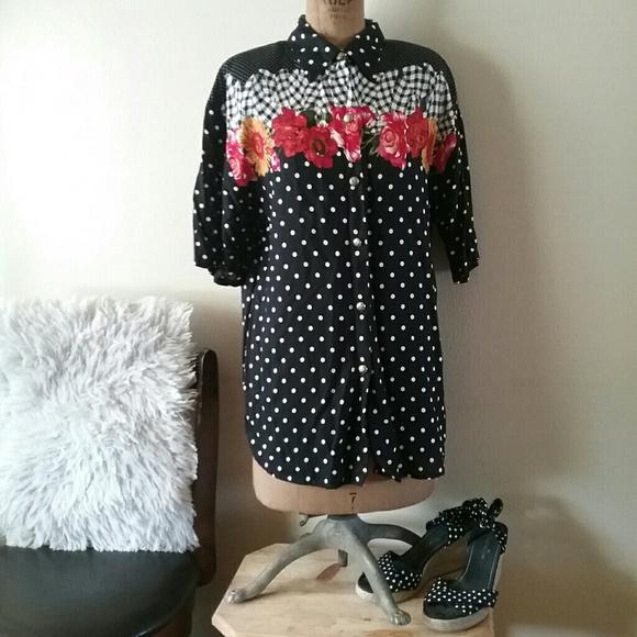 f2c84af54ef ... Floral Polka Dot Shirt. M 5b11bd0efe51518967b2eda0